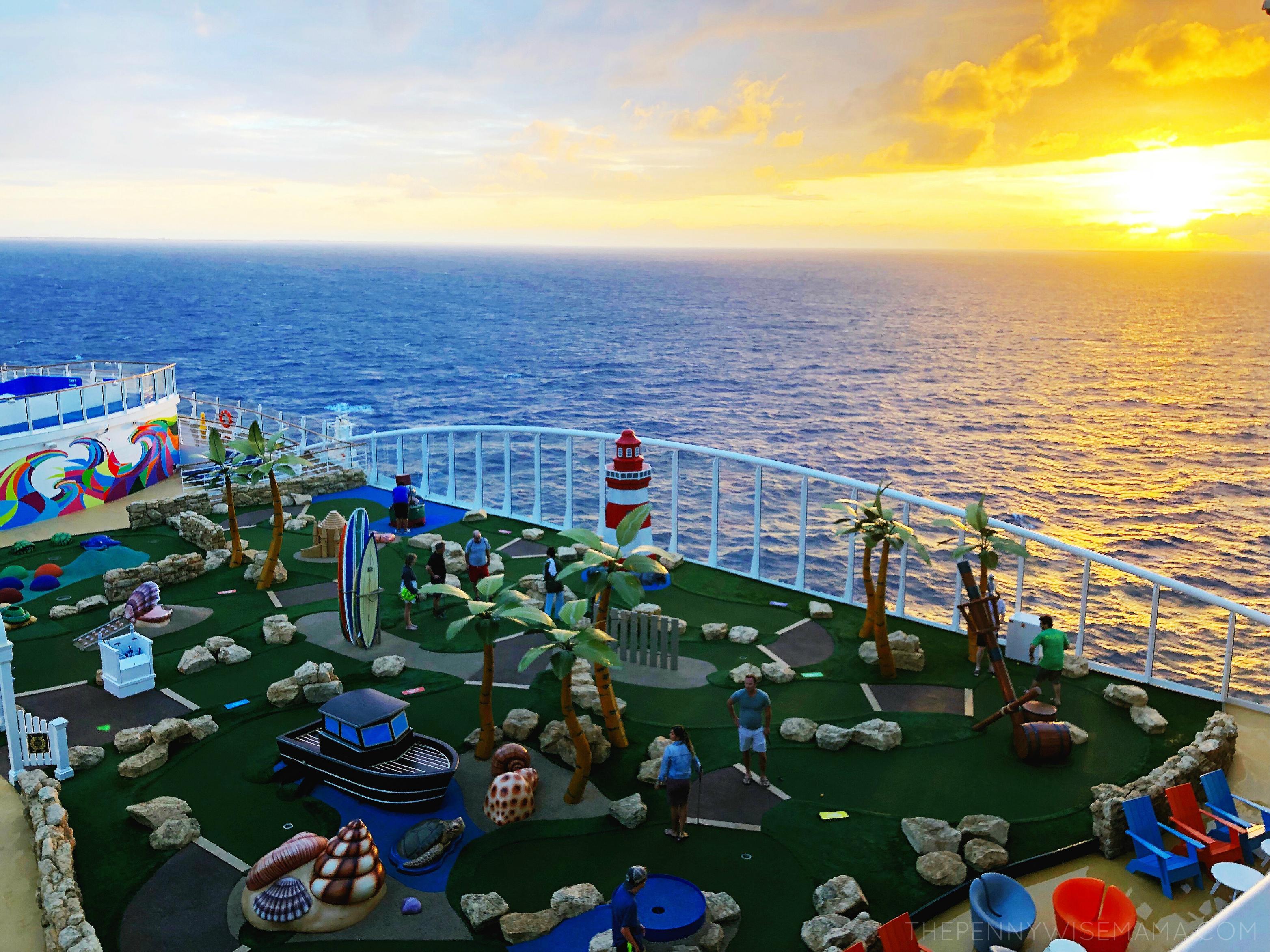 Mini Golf Symphony of the Seas